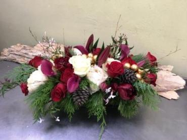 Holiday Centerpiece with Red Wine and Cream