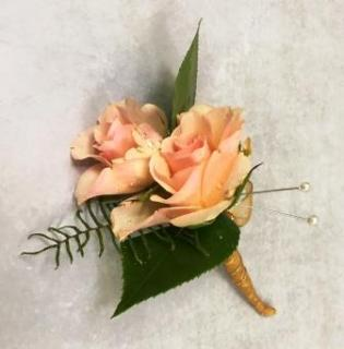 Boutonniere - Peach Roses
